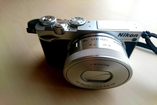 近況報告・ニコンJ5ミラーレス一眼カメラ購入などなど。引っ越し前に散財中。